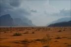 Wadi-Rum-Tal-2 -- Israel und Jordanien