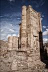 Petra-Saeulen-eckig -- Israel und Jordanien