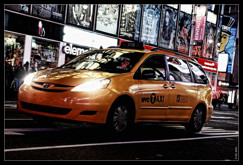 taxi-time-square.jpg