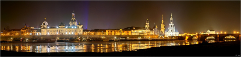 Dresden_by_night.jpg