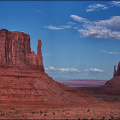 monument-valley-rechter-linker-Handschuh