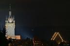 Adventlicher blauer Turm mit Steinhaus Cordivastrasse -- KONICA MINOLTA DIGITAL CAMERA