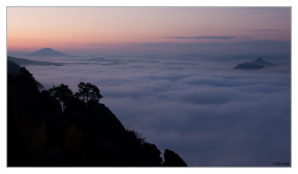 Sächsische Schweiz - Sonnenaufgang bei Nebel
