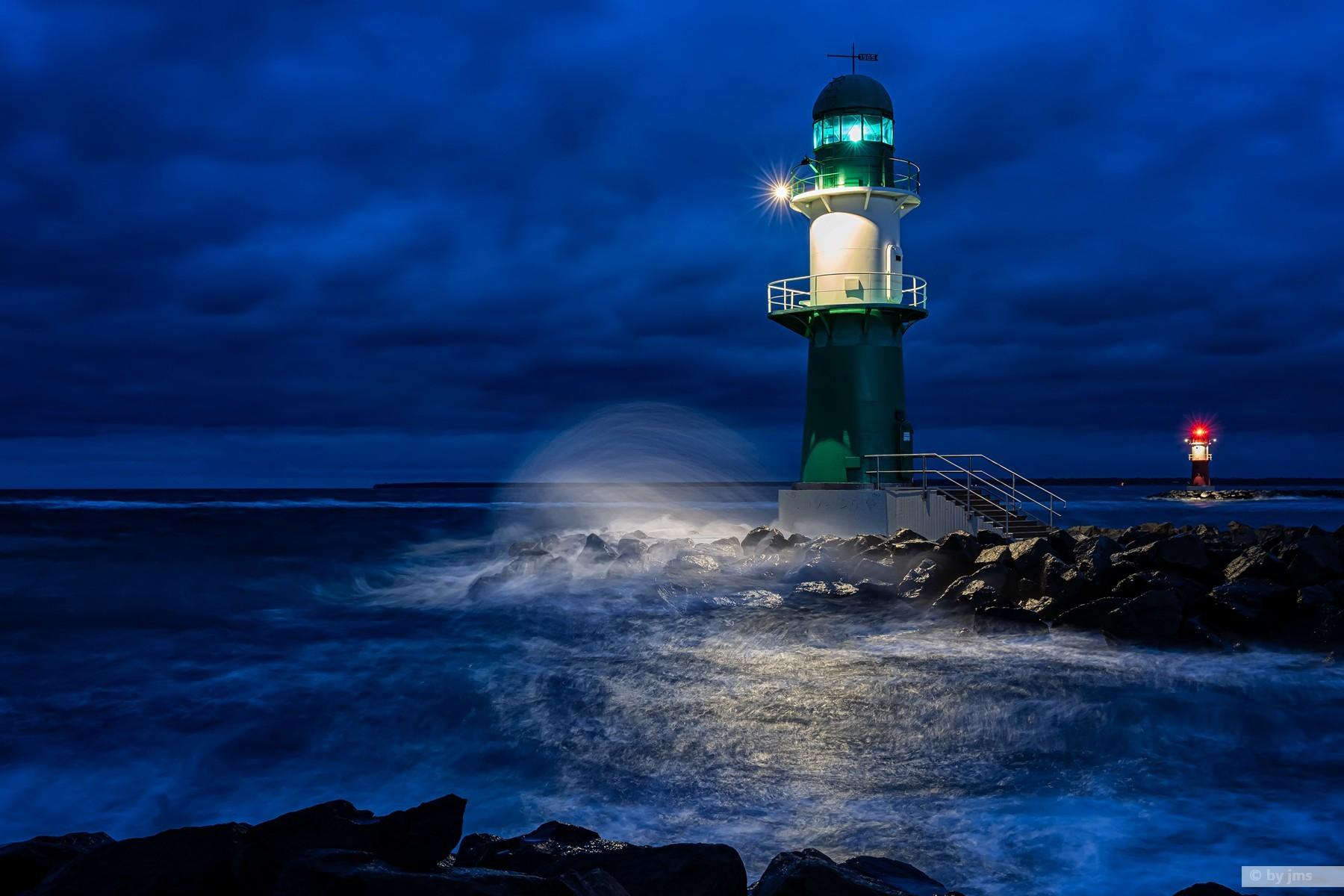 Leuchtturm - West- und Ostmohlenfeuer zur blauen Stunde